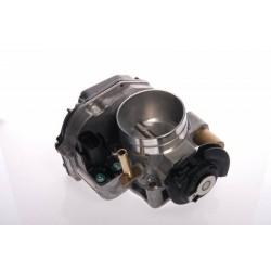Škrtící klapka VW PASSAT 1.6 OE 037133064D 037133064D